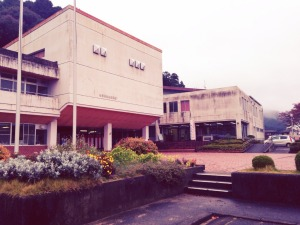 会場の神崎公民館