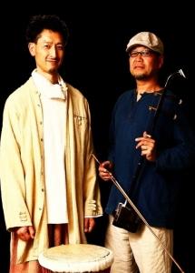 民族楽器演奏デュオ『天鼓』(左:花さん 右:暁天さん)