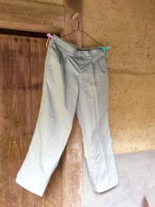 ザ・作業ズボン。500円